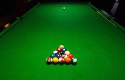 Het spel van de Billardspool Groene doeklijst royalty-vrije stock foto's