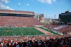Het spel van de de universiteitsvoetbal van Texas longhorns Stock Foto