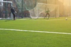 Het spel van het de lentevoetbal Spelogenblik royalty-vrije stock afbeeldingen