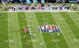 Het Spel van de Voetbal NFL Stock Afbeeldingen