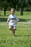 Het spel van het kind in het park royalty-vrije stock foto's