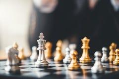 Het spel van het zakenman speelschaak Planning van belangrijk strategie succesvol bedrijfsleidersconcept stock afbeeldingen
