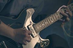 Het spelen elektrische gitaar - 4 Stock Foto's