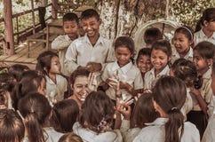 Het spelen in Kambodja Stock Afbeeldingen