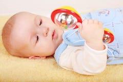 Het spelen van de baby Stock Fotografie