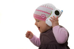 Het spelen van de baby met de telefoon. Royalty-vrije Stock Afbeeldingen