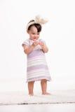 Het spelen van de baby met paaseieren Royalty-vrije Stock Afbeelding