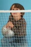 Het spelen van de jongen met een sockerbal Royalty-vrije Stock Foto