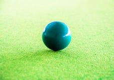 Het spelen van de snooker royalty-vrije stock afbeelding