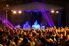 Het Spelen van DJ in een Club stock afbeelding