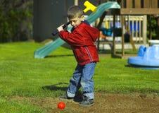 Het Spelen van het kind stock foto