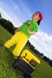 Kind het spelen met vrachtwagen royalty-vrije stock fotografie