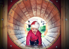 Het spelen van het meisje Stock Foto's