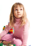 Het spelen van het meisje met kleurrijke blokken Royalty-vrije Stock Fotografie