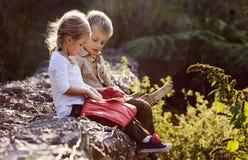 Het spelen van kinderen Royalty-vrije Stock Foto