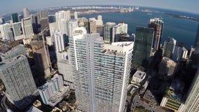 Het spinnen over Brickell Miami stock videobeelden