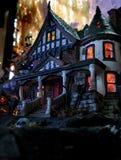 Het spookachtige huis van Halloween Stock Foto's