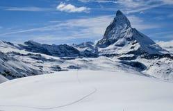 Het spoor van de sneeuw voor matterhorn Royalty-vrije Stock Foto
