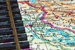 Het spoor van de spoorweg en de kaart van Bagdad royalty-vrije stock afbeeldingen
