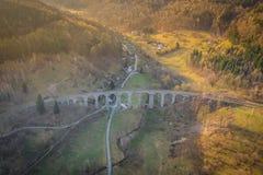 Het spoorwegviaduct stock foto