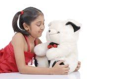 Het spreken aan teddybeer Stock Fotografie