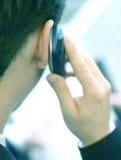 Het spreken op telefoon 2 royalty-vrije stock afbeeldingen