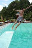 Het springen in de pool Royalty-vrije Stock Fotografie
