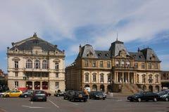 Het stadhuis en het Theater van Autun Stock Fotografie
