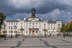 Het stadhuis in Plock, Polen stock foto's