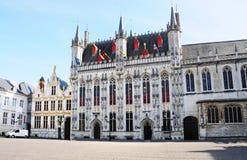Het stadhuis van Brugge Stock Afbeeldingen