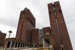 Het stadhuis van Oslo De bouw begon in 1931, maar was pa Stock Afbeelding