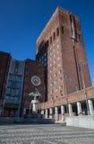 Het Stadhuis van Oslo, Radhuset op een zonnige de lentedag Stock Fotografie