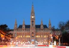 Het Stadhuis van Wenen bij zonsopgang Stock Foto