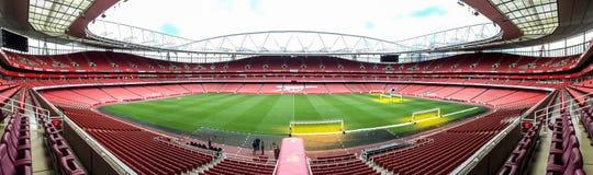Het stadion van de emiraat, het huis van de club van de Arsenaalvoetbal in Londen, het UK Stock Afbeeldingen