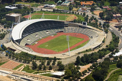 Het Stadion van Johannesburg - de Mening van het Oog van Vogels Stock Foto