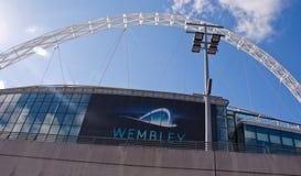 Het stadion van Wembley bij een zonnige dag Stock Foto