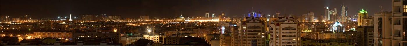 Het stadscentrum van Astana (panorama) Royalty-vrije Stock Foto's