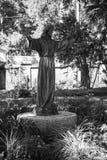Het standbeeld uitgestrekte handen van Jesus stock afbeelding
