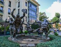 Het Standbeeld van het Berikaobabeeldhouwwerk in Tbilisi, Georgi? royalty-vrije stock fotografie
