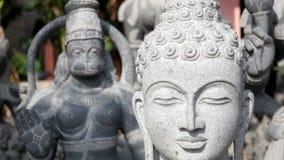 Het standbeeld van Boedha stock video