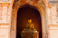 Het standbeeld van Boedha in Bagan, Myanmar Stock Afbeeldingen