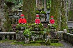 Het standbeeld van Boedha bij Okunoin-Begraafplaats in Japan Royalty-vrije Stock Afbeelding