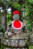 Het standbeeld van Boedha bij Okunoin-Begraafplaats in Japan Stock Fotografie