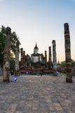 Het standbeeld van Boedha bij wat mahathat tempel in sukhothai Thailand Stock Afbeelding