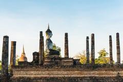 Het standbeeld van Boedha bij wat mahathat tempel in sukhothai Thailand Stock Afbeeldingen