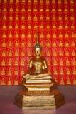 Het standbeeld van Boedha in boeddhisme royalty-vrije stock foto