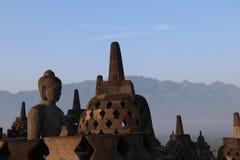 Het standbeeld van Boedha in Borobudur-Tempel in Yogyakarta, Java, Indonesië Stock Foto's