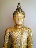 Het Standbeeld van Boedha dat met Bladgoud wordt behandeld Royalty-vrije Stock Afbeelding