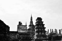 Het Standbeeld van Boedha in de Tempel van Wat Mahathat Stock Afbeeldingen