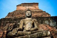 Het Standbeeld van Boedha in de Tempel van Wat Mahathat Stock Foto's